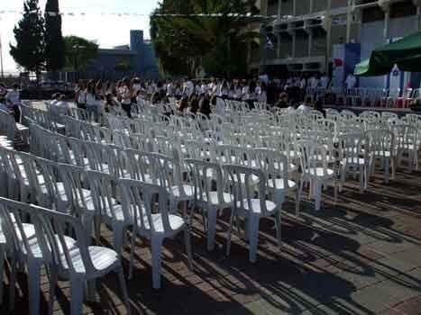 כיסאות כתר למסיבת סיום